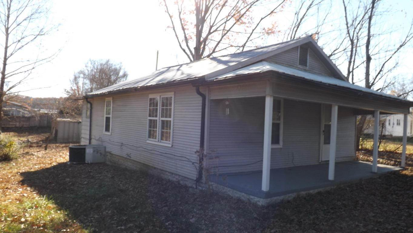Single Family Homes pour l Vente à 120 Powell Avenue. Avenue Cumberland Gap, Tennessee 37724 États-Unis