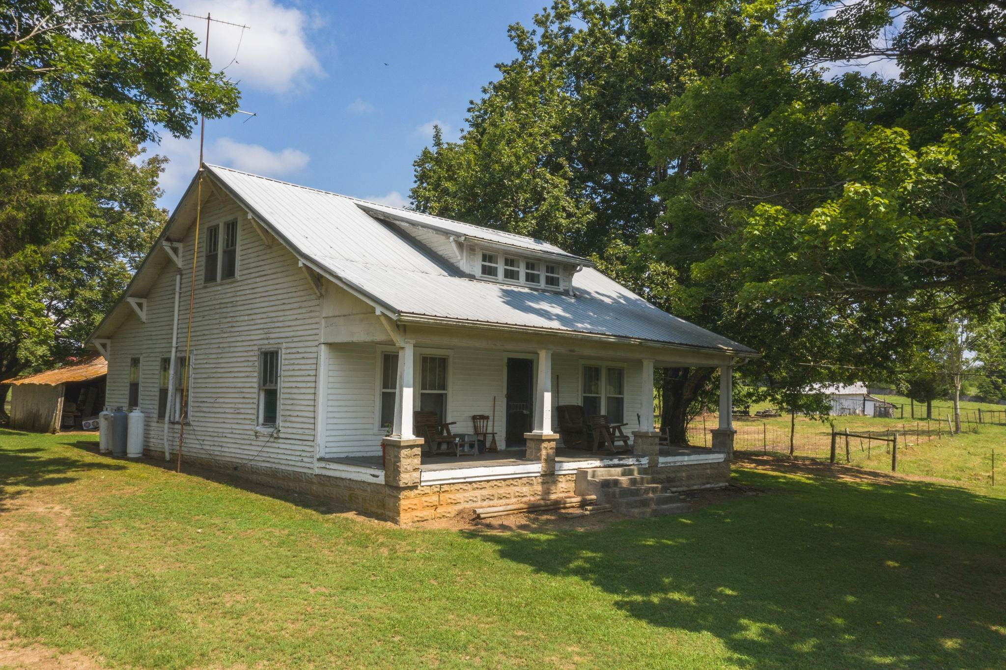 Single Family Homes por un Venta en 1530 Hwy 113 Bulls Gap, Tennessee 37711 Estados Unidos