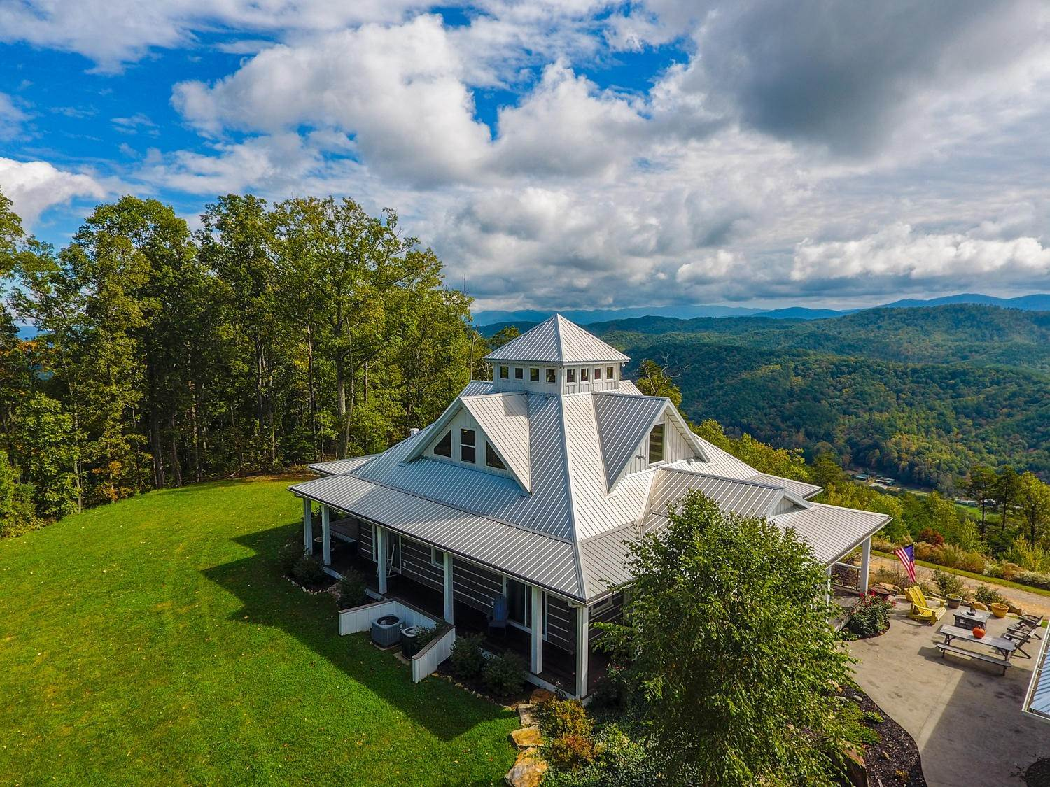 Single Family Homes for Sale at 500 Steer Creek (50 acres) Road Tellico Plains, Tennessee 37385 United States