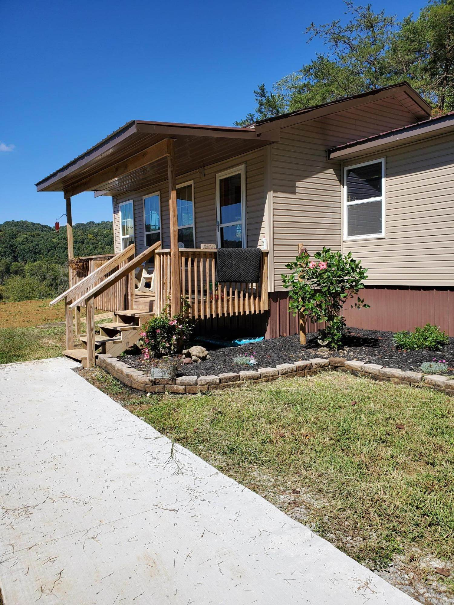 Single Family Homes por un Venta en 879 Lee Valley Road Whitesburg, Tennessee 37891 Estados Unidos