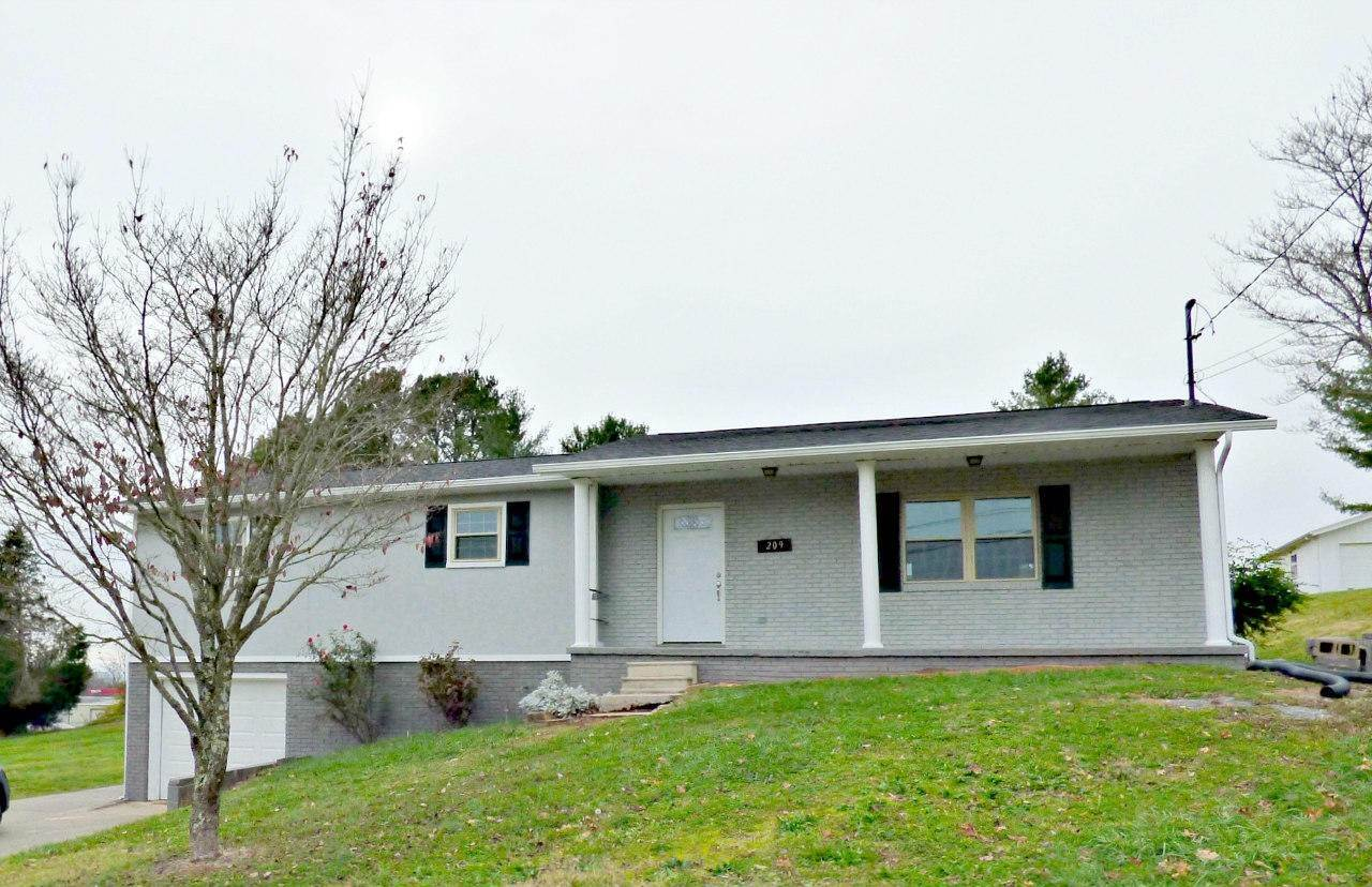 Single Family Homes por un Venta en 209 Navaho Tr Talbott, Tennessee 37877 Estados Unidos