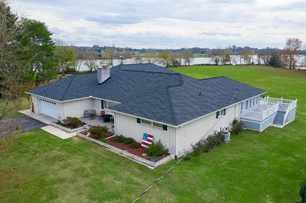Single Family Homes pour l Vente à 306 Housley Circle Dayton, Tennessee 37321 États-Unis