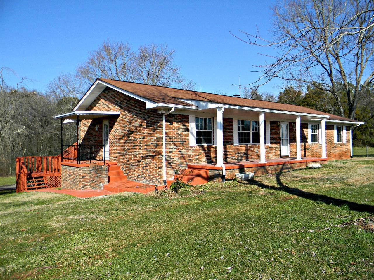 Single Family Homes for Sale at 2282 Hwy 11E Strawberry Plains, Tennessee 37871 United States