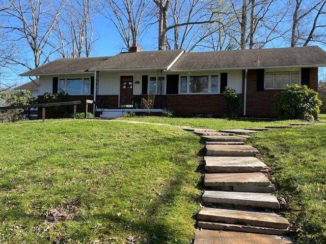 Single Family Homes for Sale at 202 Chester Street Oneida, Tennessee 37841 United States