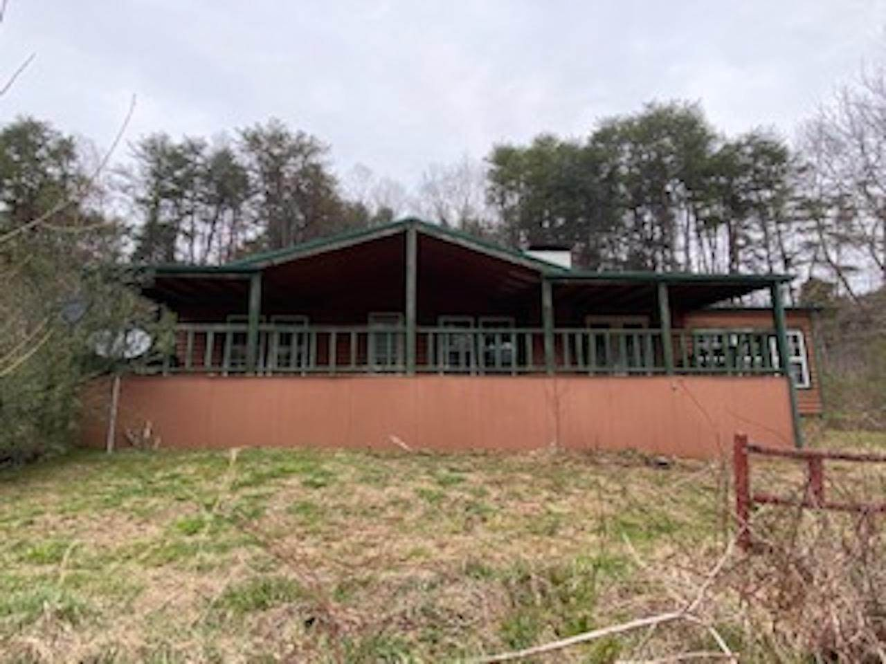 Single Family Homes for Sale at 1033 Speedwell Road Bulls Gap, Tennessee 37711 United States