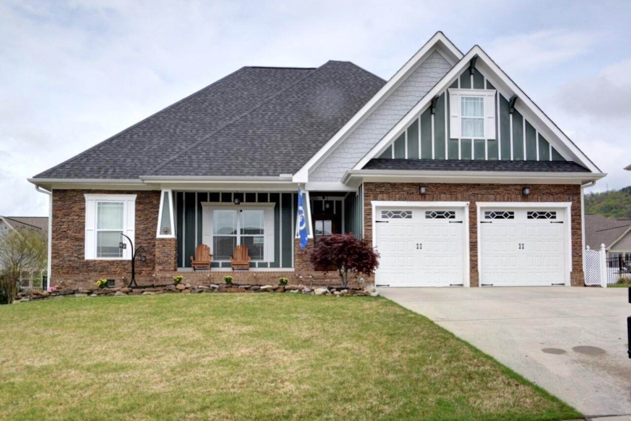 Single Family Homes pour l Vente à 8530 Deer Run Circle Ooltewah, Tennessee 37363 États-Unis
