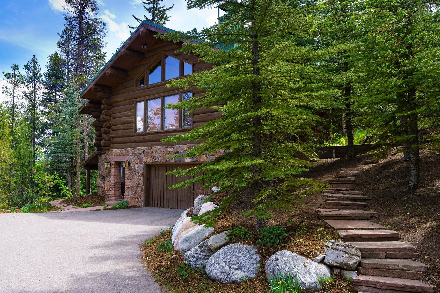 37. Single Family Homes for Sale at Casteel Creek Retreat 25 Casteel Creek Road Edwards, Colorado 81632 United States