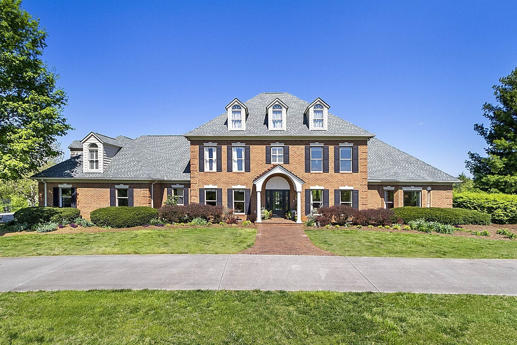 Single Family Homes for Sale at Privacy And Luxury On Over 7 Acres 10433 Bob Gray Road Knoxville, Tennessee 37932 United States
