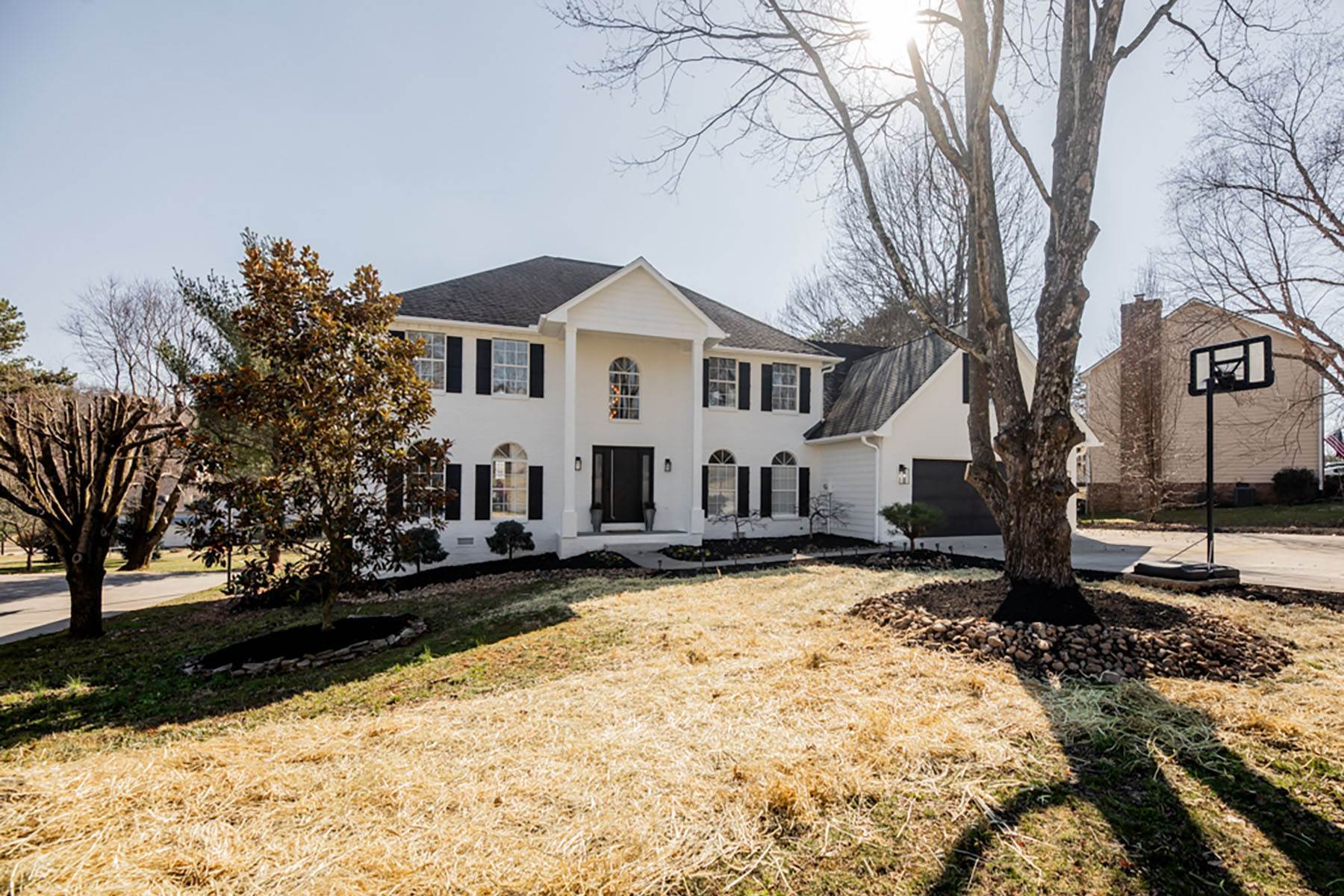 Single Family Homes for Sale at Stunning Classic Home In Farragut 628 Lark Meadow Drive Knoxville, Tennessee 37934 United States