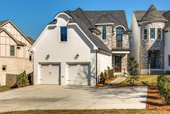 Single Family Homes for Sale at 2024 B Overhill Drive, Nashville, Tn, 37215 2024 B Overhill Drive Nashville, Tennessee 37215 United States