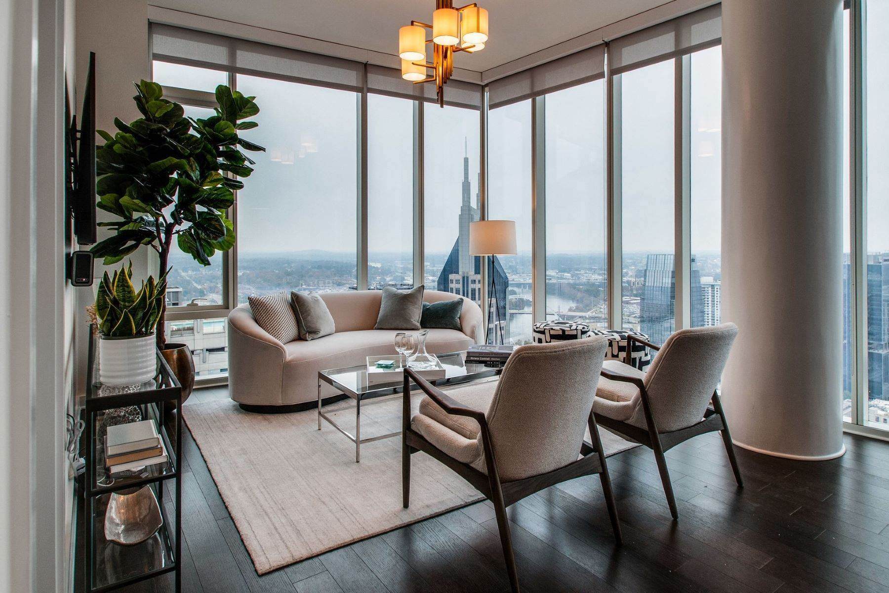 Condominiums для того Продажа на 515 Church St Unit #3406, Nashville, Tn, 37219 515 Church St Unit #3406, Unit# 3406 Nashville, Теннесси 37219 Соединенные Штаты