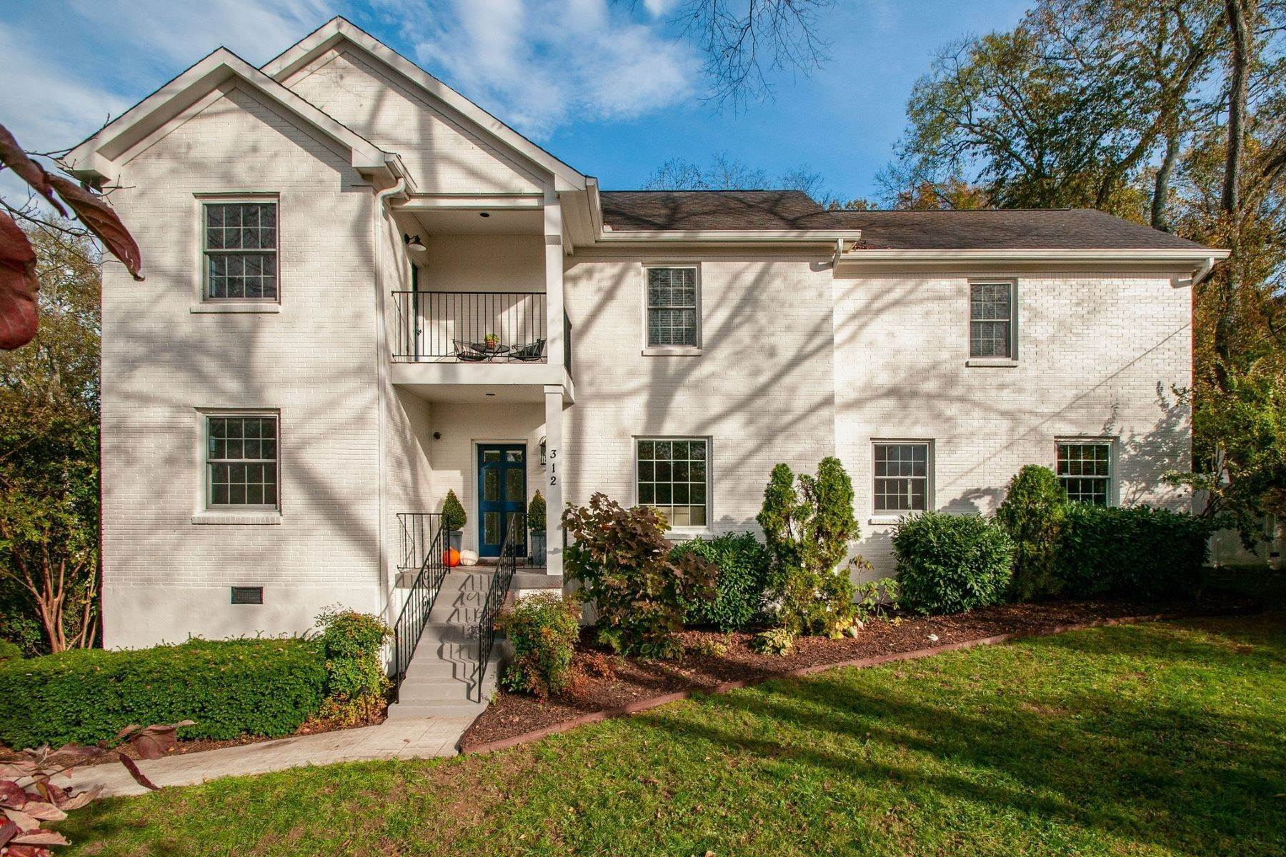 Single Family Homes for Sale at 312 S Wilson Blvd, Nashville, Tn, 37205 312 S Wilson Blvd Nashville, Tennessee 37205 United States