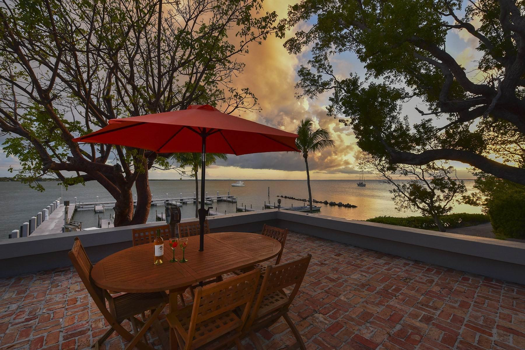 29. Property for Sale at 10 Cannon Point, Key Largo, FL 10 Cannon Point Key Largo, Florida 33037 United States