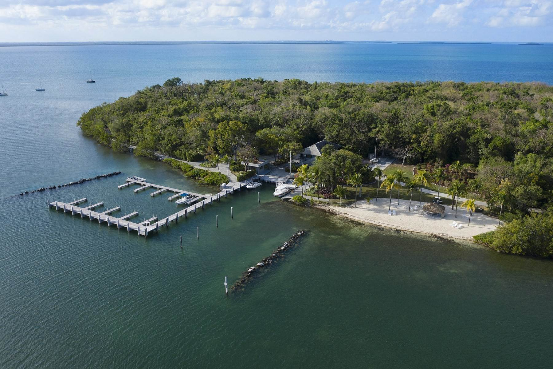 47. Property for Sale at 10 Cannon Point, Key Largo, FL 10 Cannon Point Key Largo, Florida 33037 United States