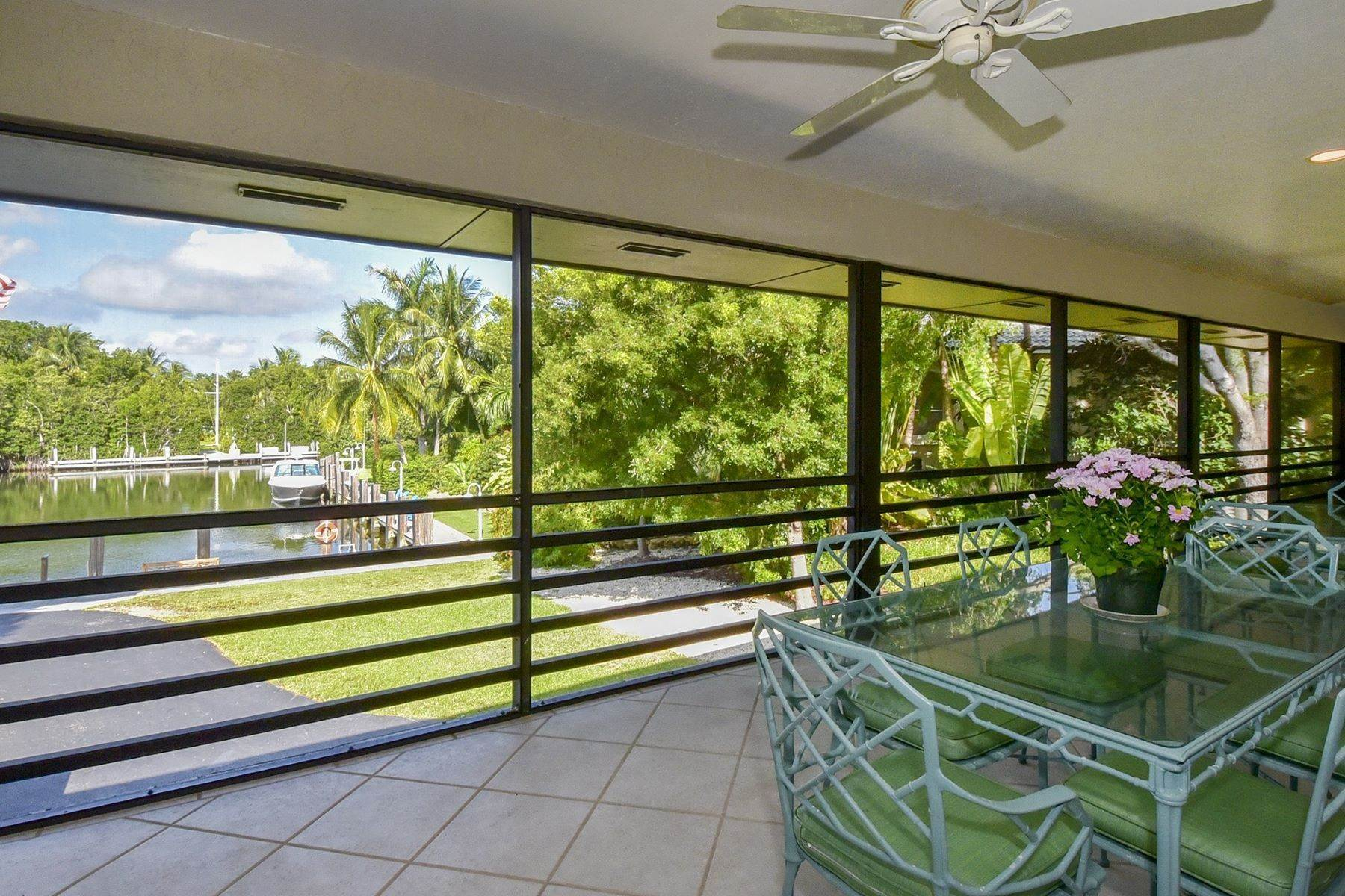 44. Property for Sale at 10 Cannon Point, Key Largo, FL 10 Cannon Point Key Largo, Florida 33037 United States