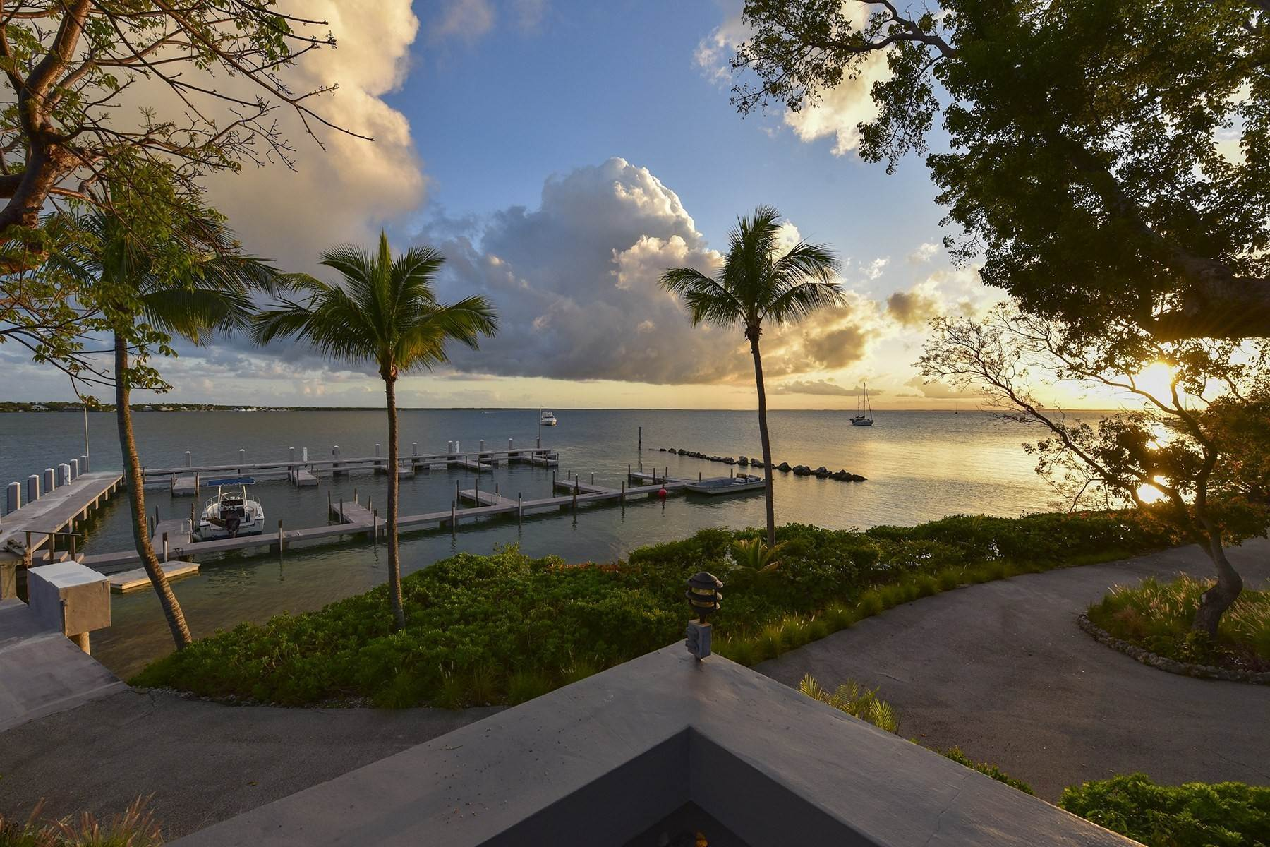 42. Property for Sale at 10 Cannon Point, Key Largo, FL 10 Cannon Point Key Largo, Florida 33037 United States