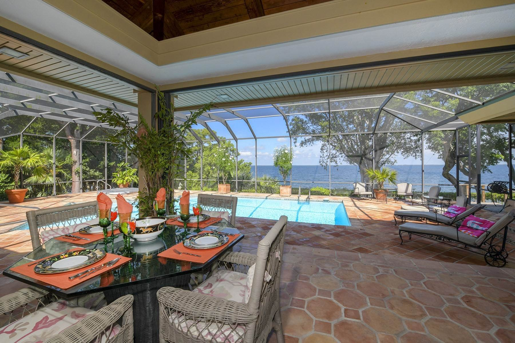 43. Property for Sale at 10 Cannon Point, Key Largo, FL 10 Cannon Point Key Largo, Florida 33037 United States