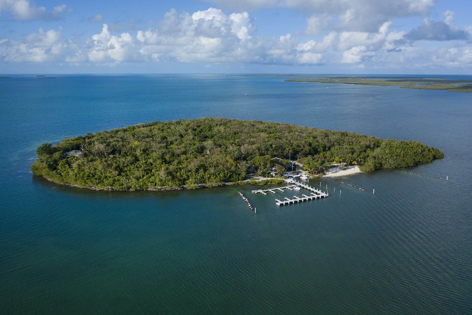3. Property for Sale at 10 Cannon Point, Key Largo, FL 10 Cannon Point Key Largo, Florida 33037 United States