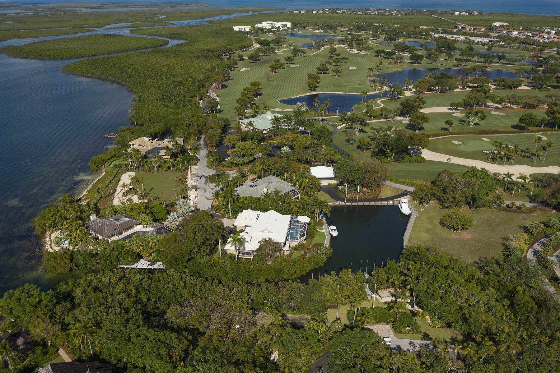 11. Property for Sale at 10 Cannon Point, Key Largo, FL 10 Cannon Point Key Largo, Florida 33037 United States