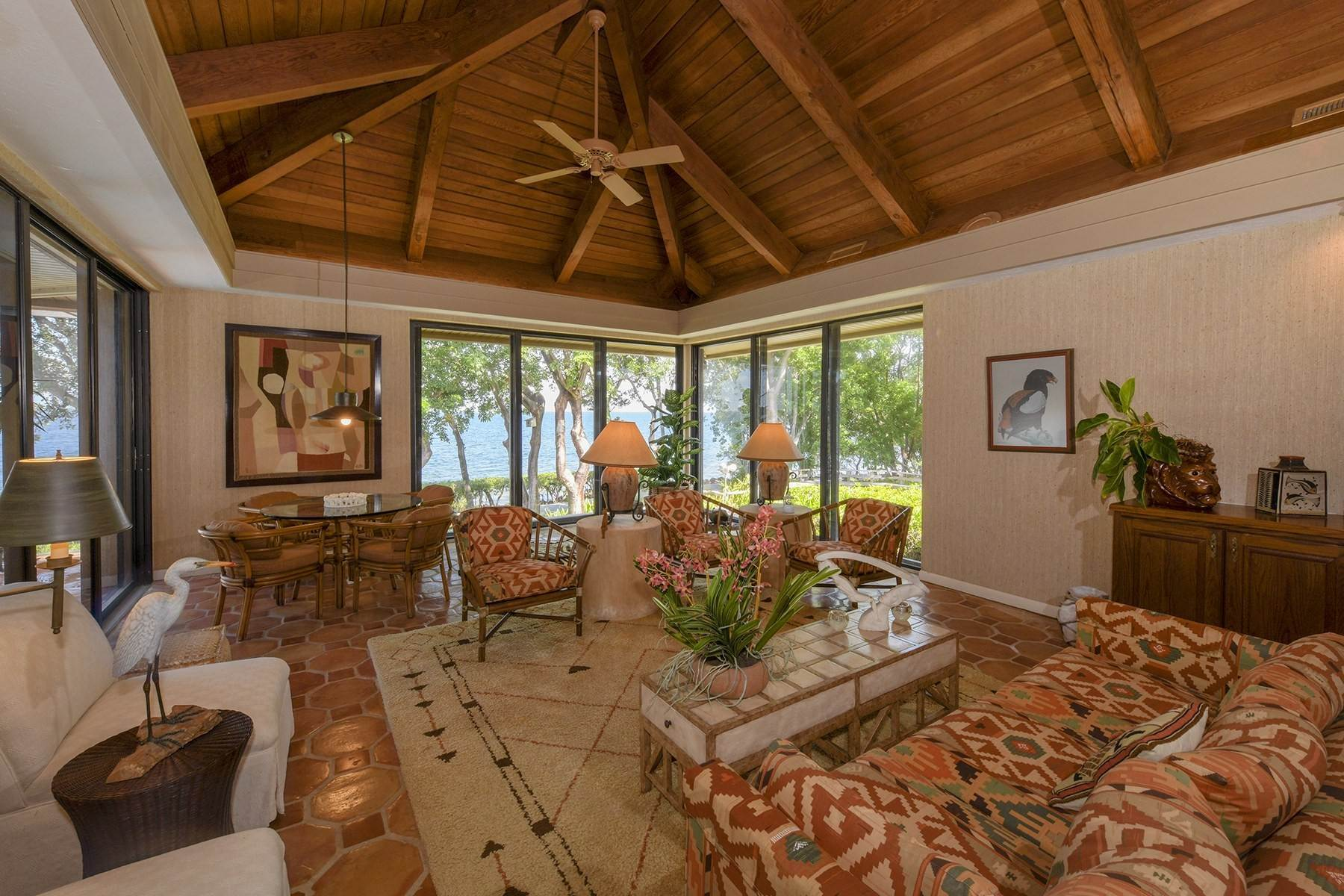 7. Property for Sale at 10 Cannon Point, Key Largo, FL 10 Cannon Point Key Largo, Florida 33037 United States